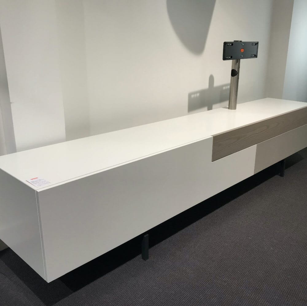 Castelijn Solo Lowboard Apparatuurkast Showroommodel Hoek Links