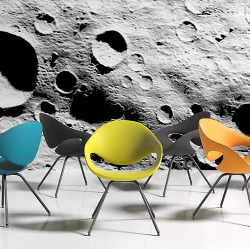 Some More Chairs On The Moon 905X507 1