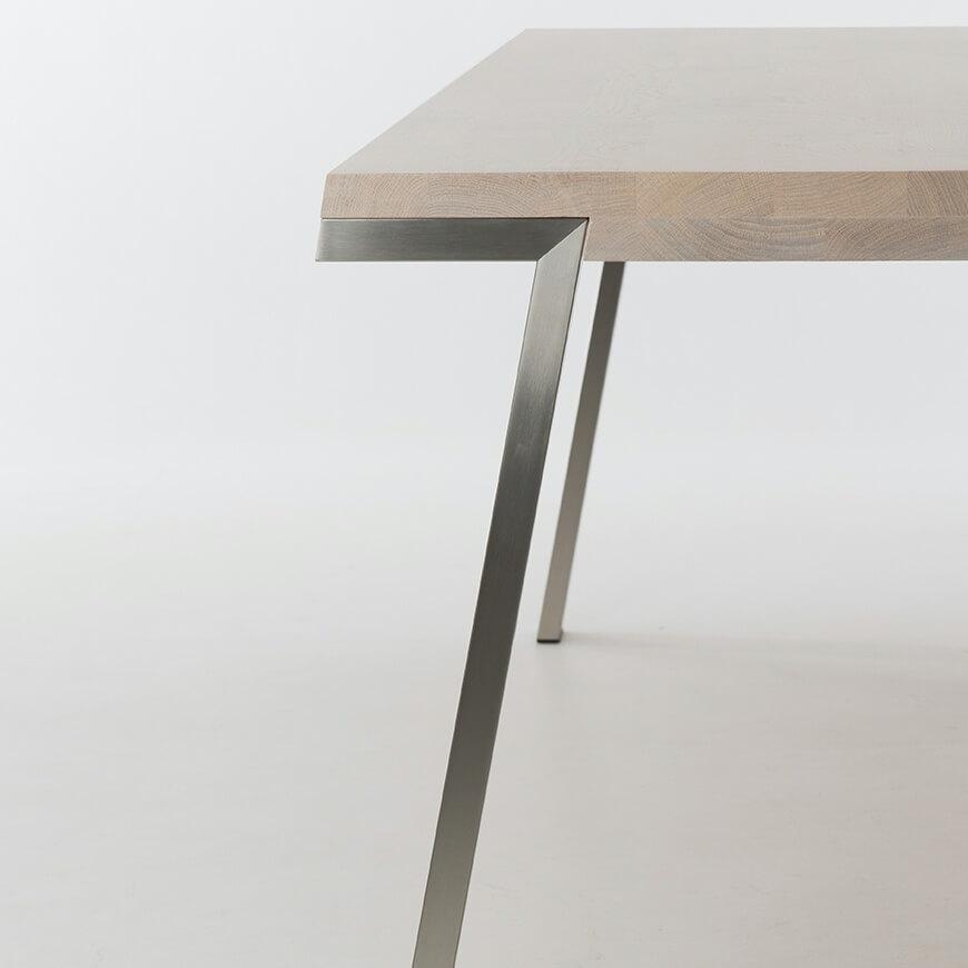 Seven Product 04 Studio